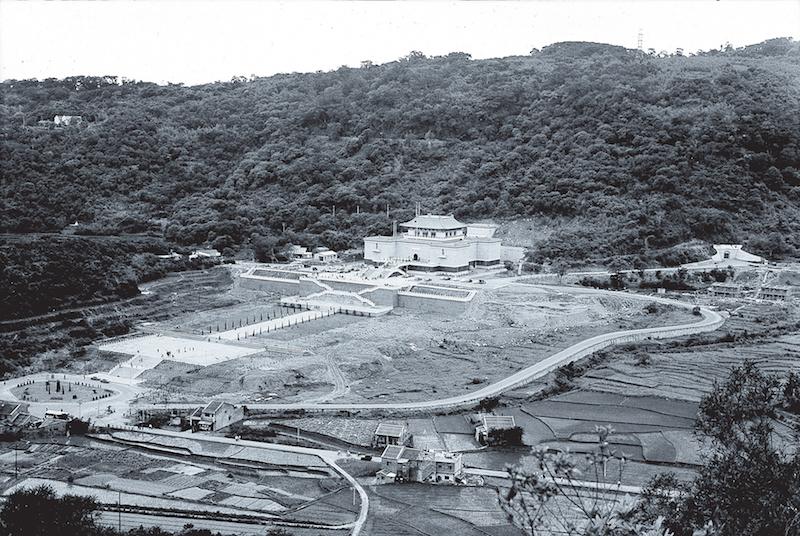 台北故宫博物院正馆建筑完工后之院区俯视图