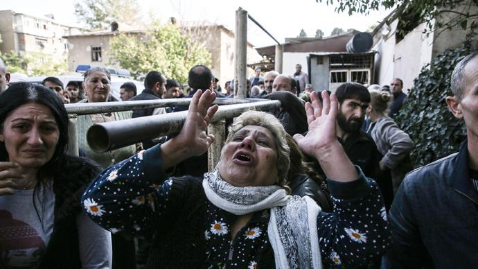 早安·世界|阿塞拜疆称第二大城市遭袭击,致9死34伤