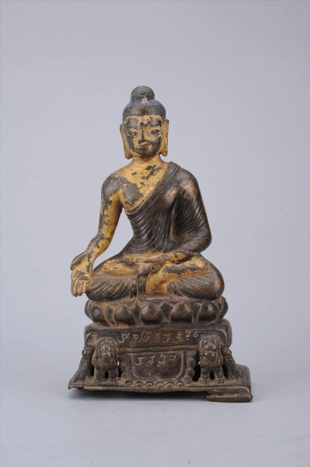 宝生佛铜像晚唐四川博物院
