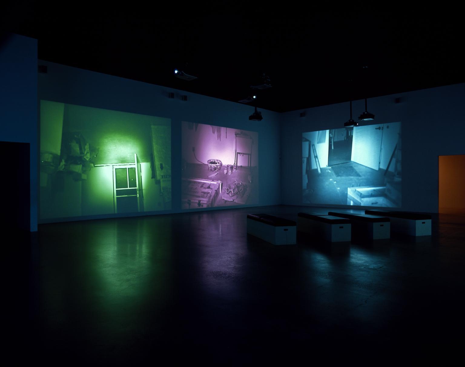 《绘制工作室(有颜色变化)》,2001