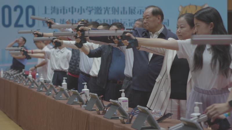 许海峰、陶璐娜走进上海校园。