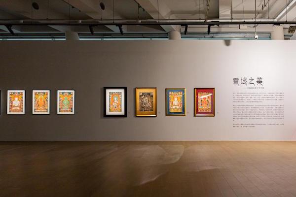 """""""雪域之美——百幅唐卡艺术精品展""""展览现场,西岸艺岛 Art Tower,上海,2020"""