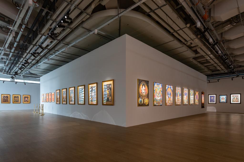"""""""雪域之美——百幅唐卡艺术精品展""""展览现场,西岸艺岛 Art Tower,上海"""