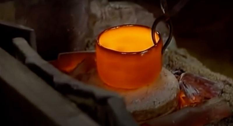 """电影《利休》中""""乐茶碗""""出炉的一幕"""