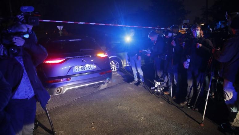 当地警方封锁案发现场。图源RT