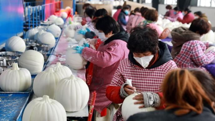 """成功应对疫情冲击:中国传统玩具月度出口""""由负转正"""""""