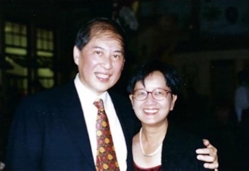 白先勇与陈毓贤在他的六十岁庆生舞会上,美国加州, 1997年
