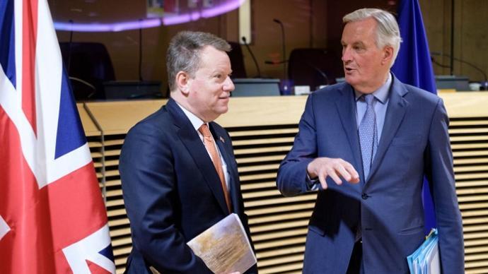 英国同意与欧盟继续展开贸易谈判