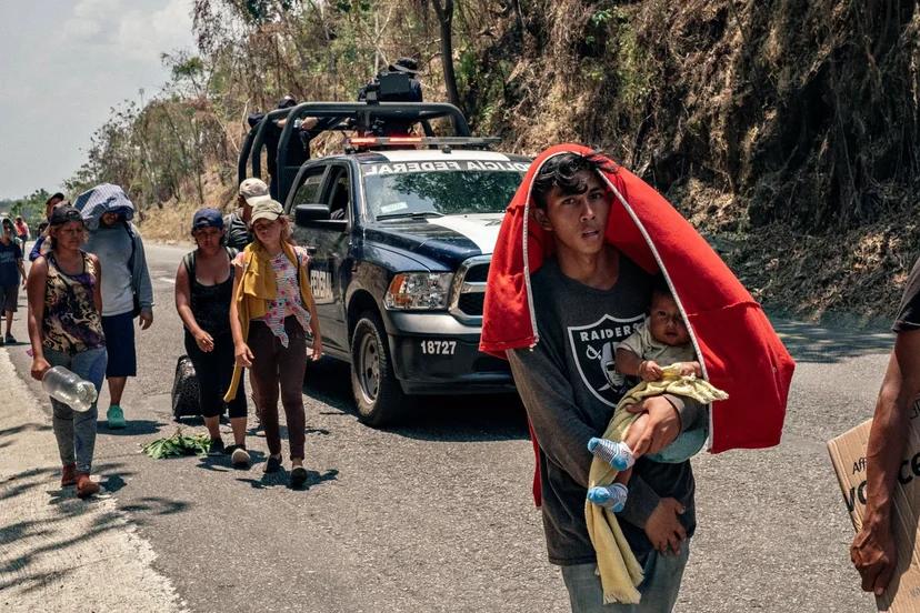 """卓而非·吉马勒摄影作品:""""南部边境""""。"""