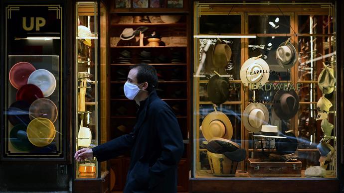 新冠感染病例破百萬,西班牙部分自治區敦促中央政府實施宵禁
