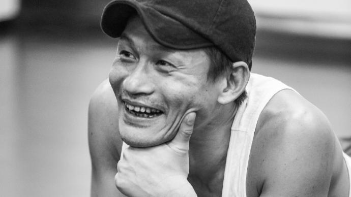專訪|余皚磊:反派演的不是壞,是欲望本身