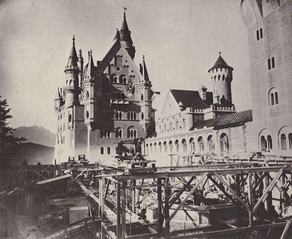 1886年正在施工的新天鹅堡