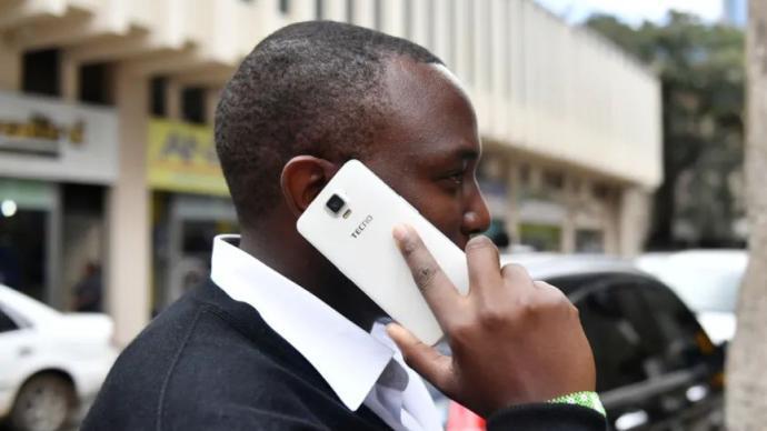 """在國內鮮為人知的手機品牌,憑什么成""""非洲手機之王""""?"""