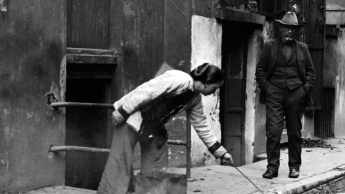 阿彩的故事:加州淘金熱中,反抗種族與性別壓迫的華人妓女