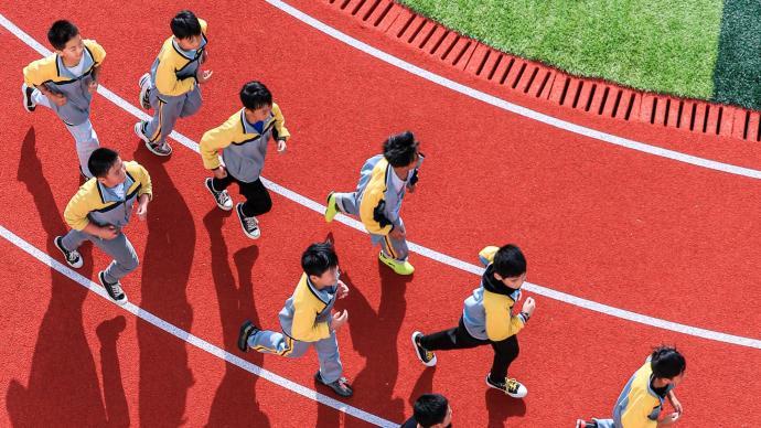體育課向主課看齊,家長:希望孩子不是為了應付考試而鍛煉