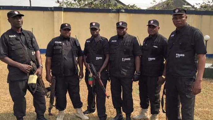 """尼日利亞的""""SARS病毒"""":反警察暴力抗議背后難解的困境"""