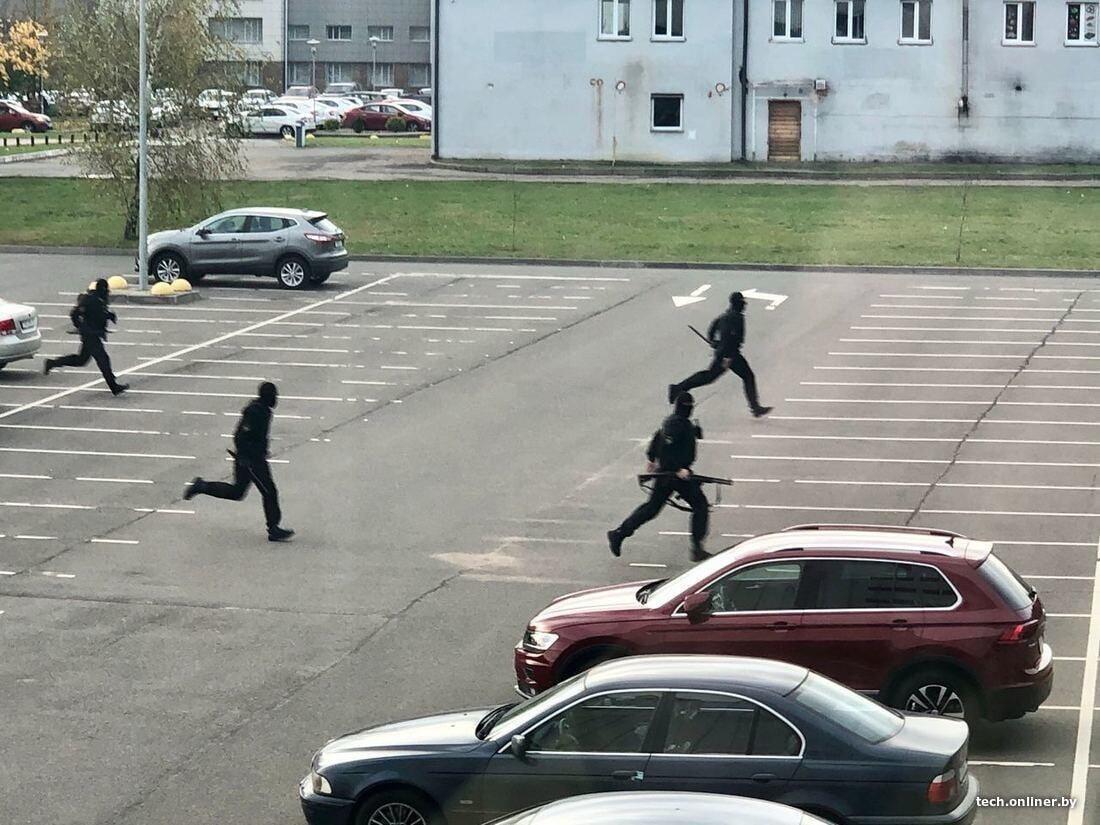 安全部队在白俄罗斯高科技园区内维持秩序