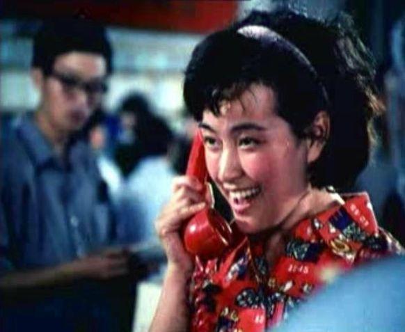 刘晓庆在此片中饰演书店售货员,她凭借该片获得第三届大众电影百花奖最佳配角奖