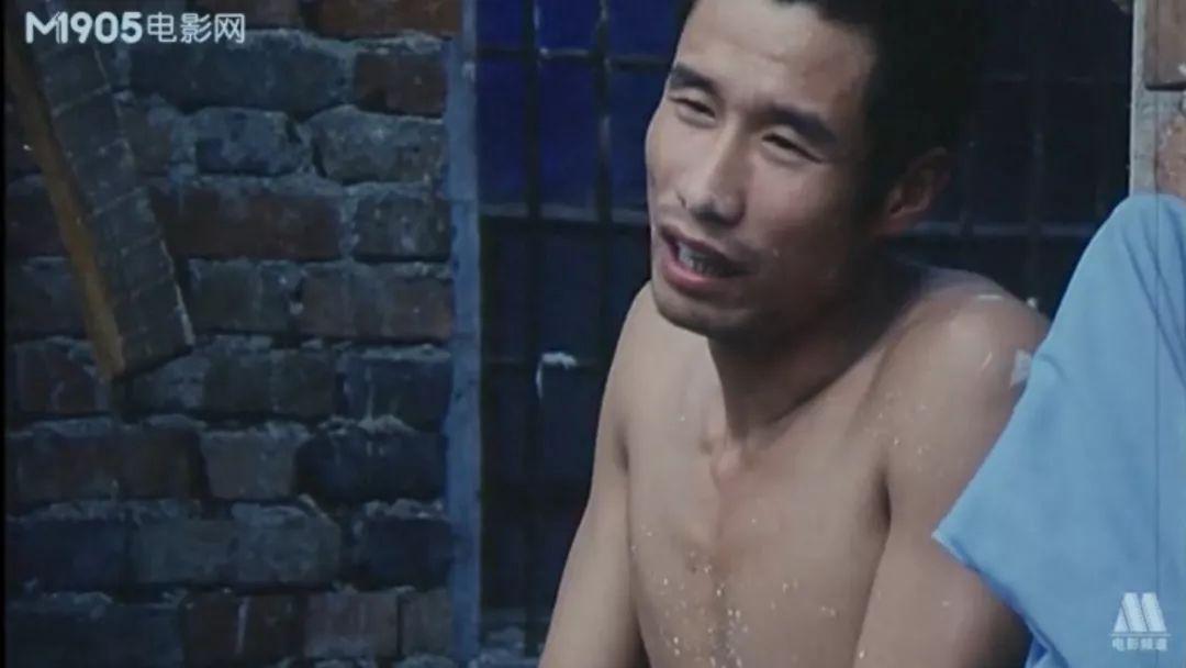 《大宅门》里的三爷刘佩琦在这部电影里打了个酱油