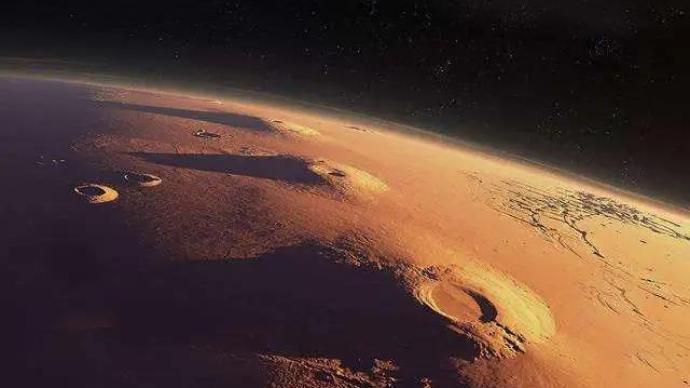 天问一号探测器完成第三次轨道中途修正,已在轨飞行97天
