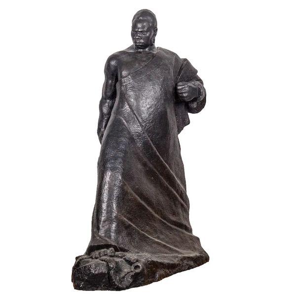 龙德辉 《觉醒》 铸铜 110×60×140cm 1960年