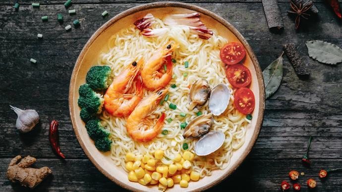 下廚房| 自制海鮮面,吃到簡單而直白的鮮味