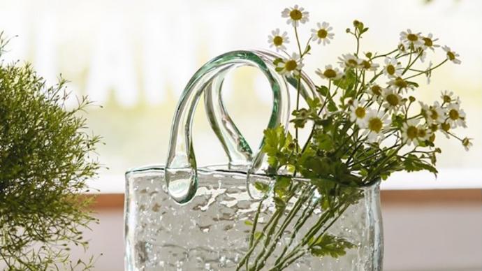 又到插花好时节,这些创意花瓶你见过吗