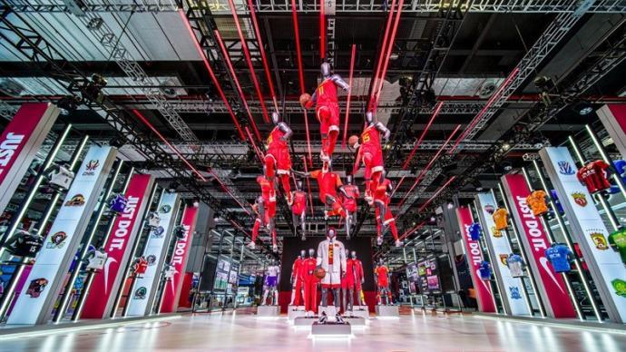 进博会展现最新运动理念:品牌助力青少年体育,加速环保研发