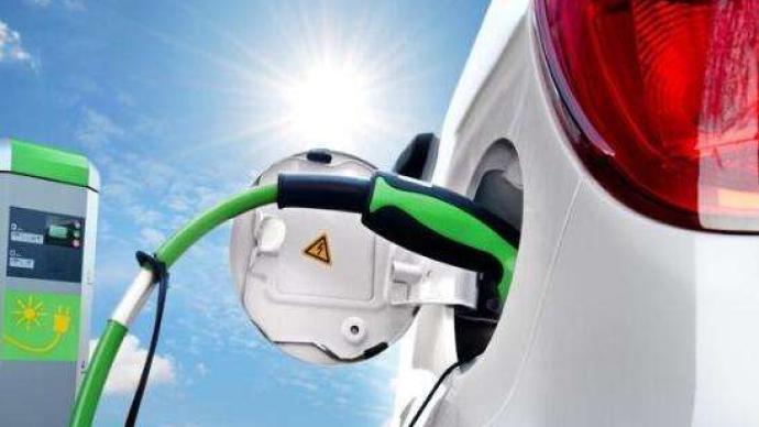 """10月新能源車銷量翻番:微型車狂歡,新勢力陷入""""瓶頸期"""""""