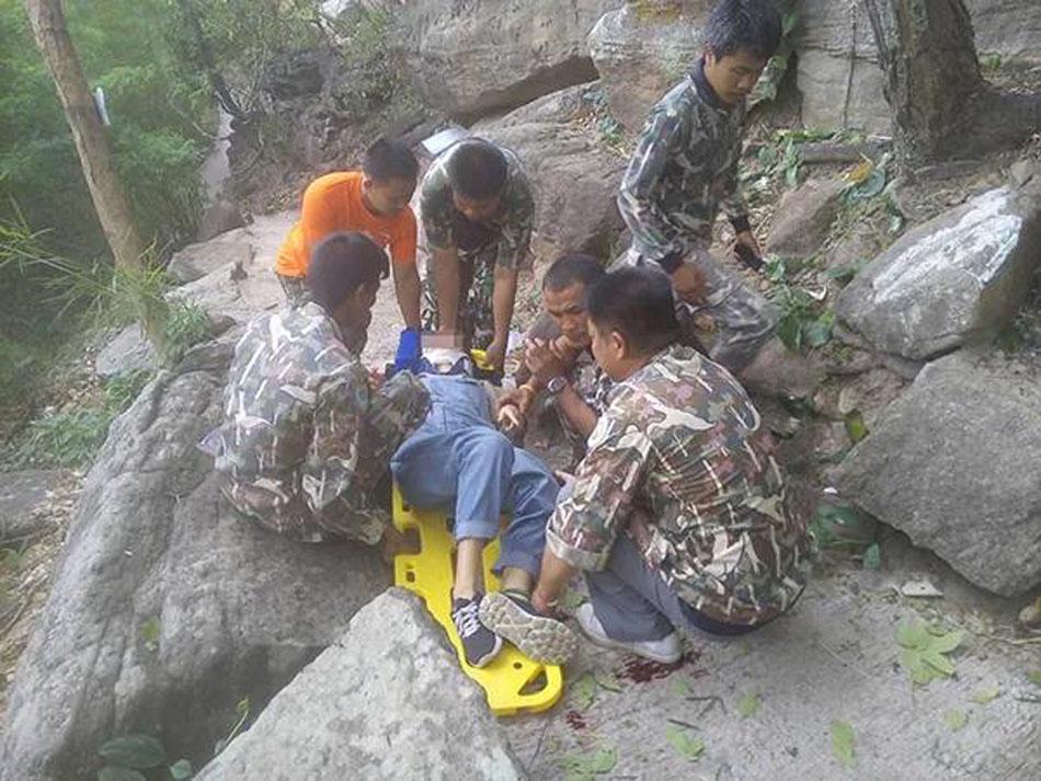 墜落懸崖的王靈。受訪者提供