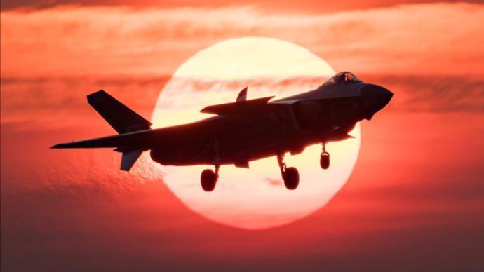 講武談兵|人工智能空戰時代走向前臺,王牌飛行員會失業嗎?