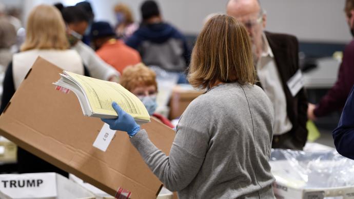 特朗普團隊針對大選計票發起的訴訟在密歇根、賓州等多州被駁
