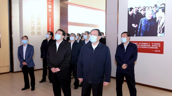 習總書記參觀這個展后,李強龔正等上海市四套班子領導到此重溫浦東滄桑巨變