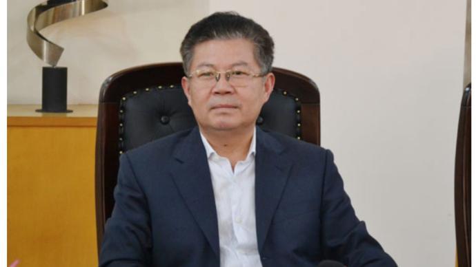 """這位正縣級干部,被控收受涉黑組織""""劉氏四兄弟""""220多萬"""