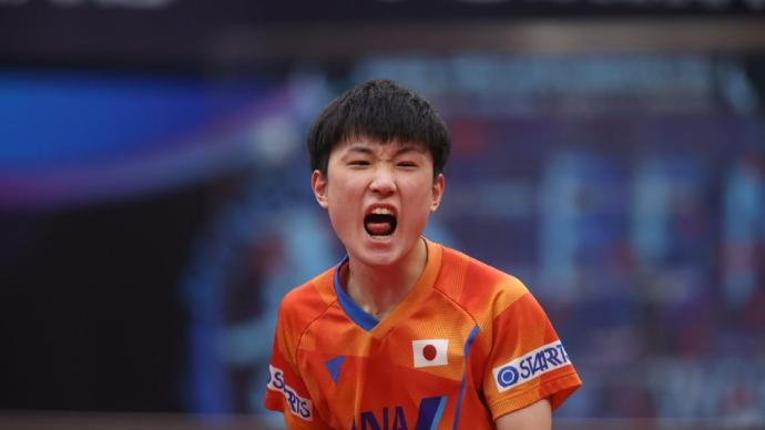 日本選手張本智和再遭大逆轉,國際乒聯總決賽一輪游