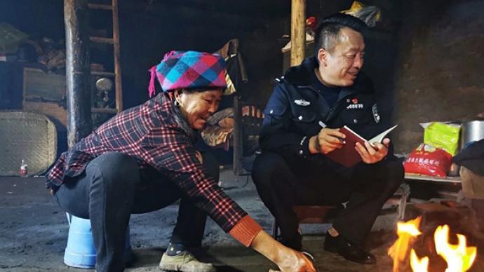 """初心之路丨涼山警隊干部駐村當上""""第一書記"""":扶貧重在扶志"""