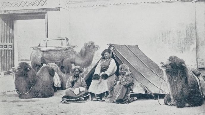 """""""滿大人""""的荷包:清代喀爾喀蒙古的官與商"""