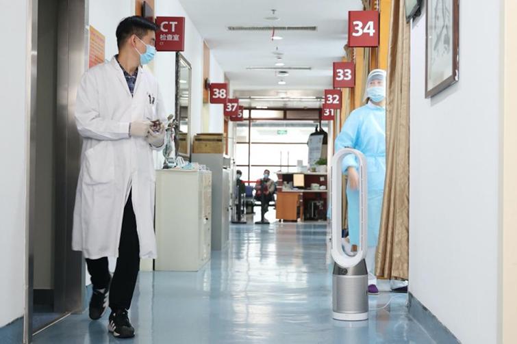 上海华山医院门诊部戴森空气净化风扇