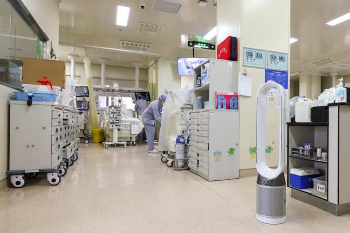 中山医院呼吸科使用戴森空气净化风扇,协助创造洁净的室内空气环境