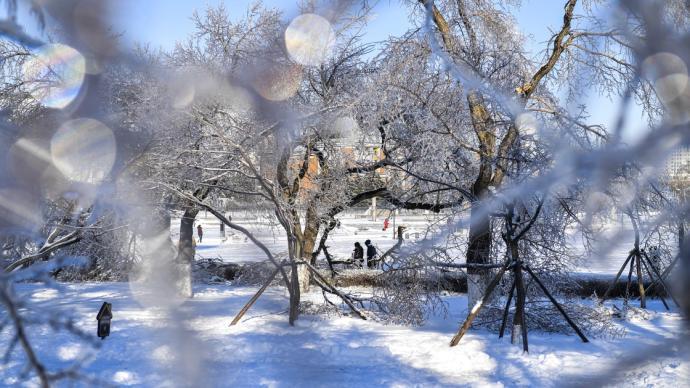 長春部分區域停水停電停暖,回應:因雨雪冰凍,正搶修